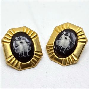"""🆕Vintage Brass """"Two Sisters"""" Cameo Earrings"""